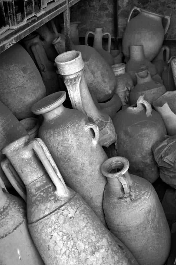 amphorae_01.jpg