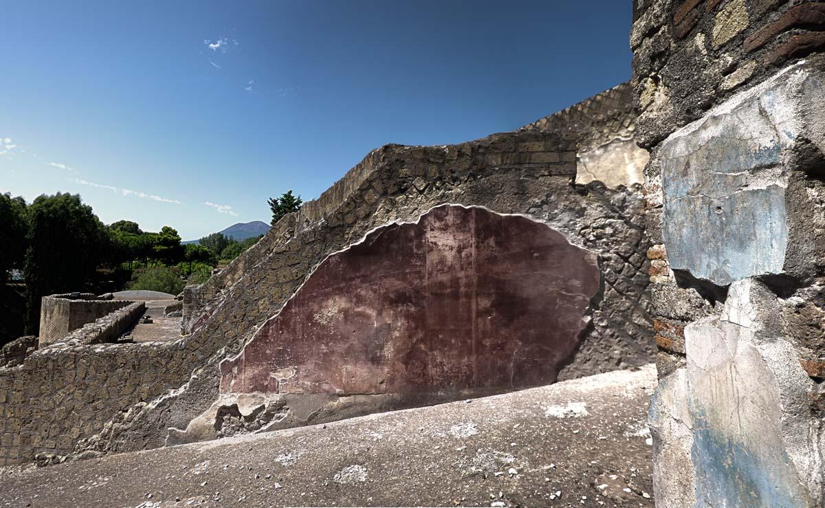 pompei gate wall Pano.jpg